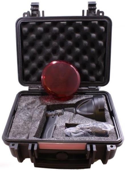 GAMEPRO NINOX RECHARGEABLE 2000 LUMENS SPOTLIGHT WITH CASE